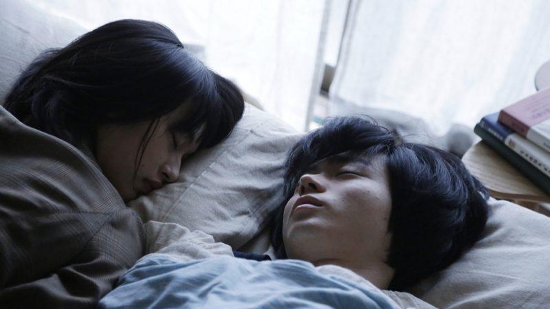 映画『二重生活』白石珠役の門脇麦と鈴木卓也役の菅田将暉