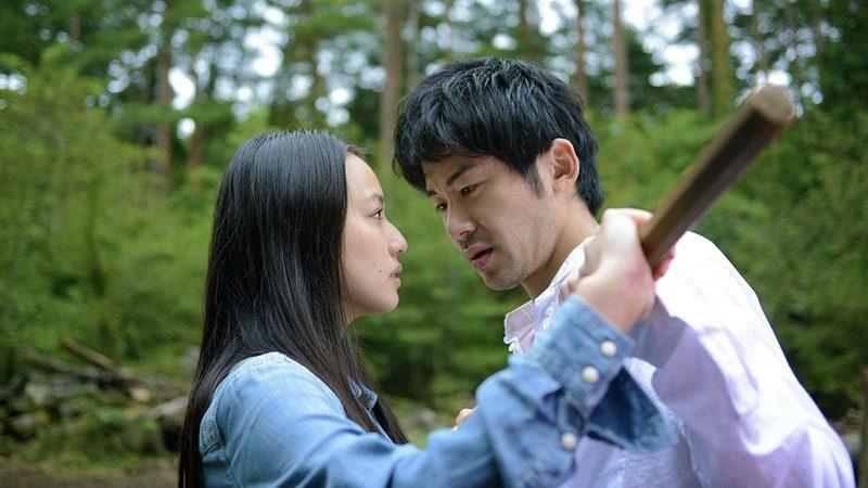 映画『風に濡れた女』汐里役の間宮夕貴と柏木高介役の永岡佑