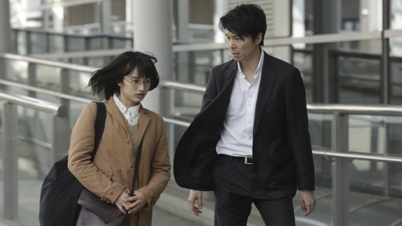 映画『二重生活』白石珠役の門脇麦と石坂史郎役の長谷川博己