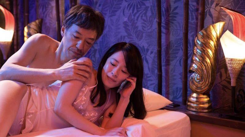 映画『ジムノペディに乱れる』古谷慎二役の板尾創路と撮影スタッフ