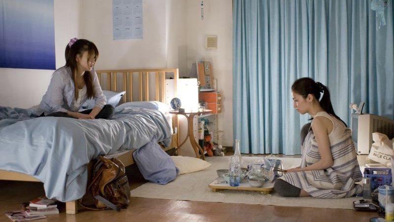 映画『nude』みひろ役の渡辺奈緒子とさやか役の佐津川愛美
