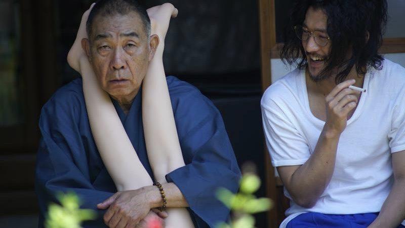 映画『富美子の足』塚越役のでんでんと野田役の淵上泰史