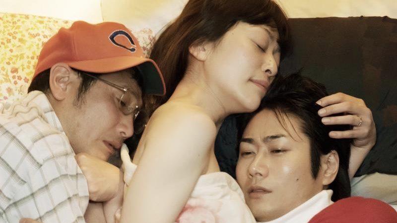 映画『神と人との間』内田慈の乳首出しヌード