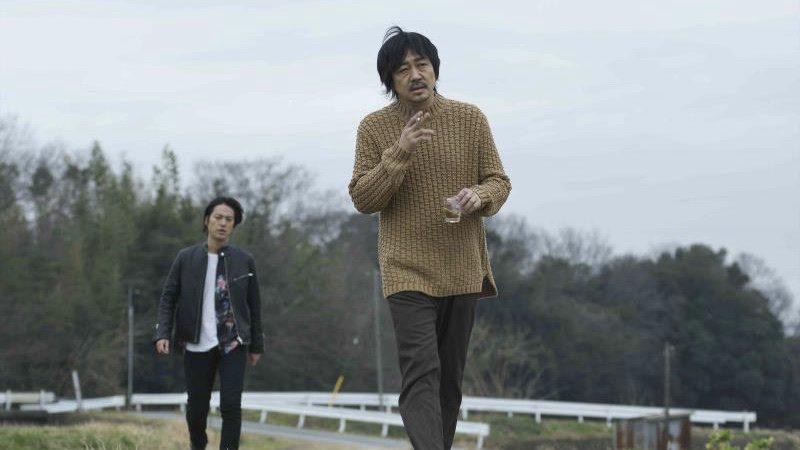 映画『ビジランテ』神藤一郎役の大森南朋と神藤三郎役の桐谷健太