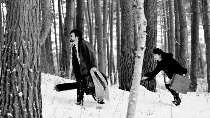 映画『変態だ』前野健太と薫子役の月船さらら