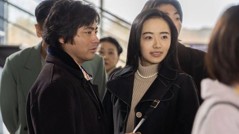 映画『全裸監督』西村とおる役の山田孝之と黒木香役の森田望智
