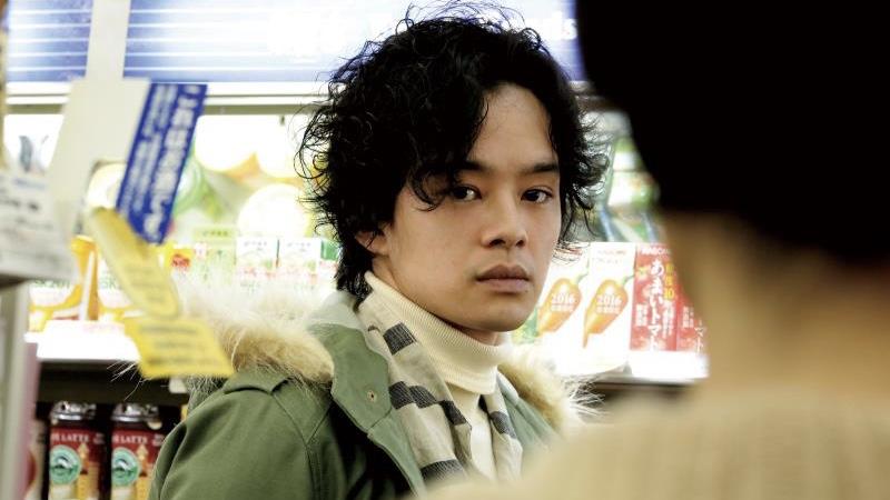 映画『だれかの木琴』親海小夜子役の常盤貴子と山田海斗役の池松壮亮