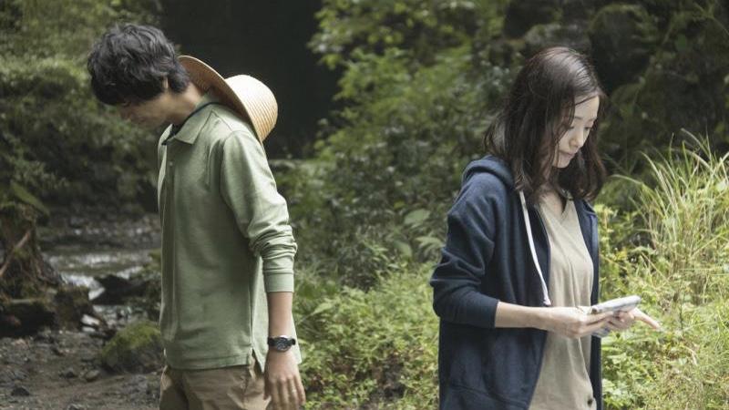 映画『昼顔』笹本紗和役の上戸彩と北野裕一郎役の斎藤工