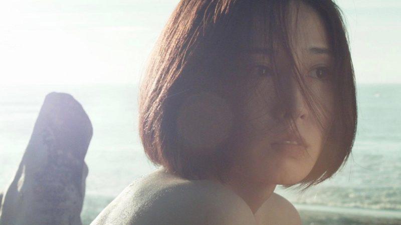 映画『欲動』ユリ役の三津谷葉子