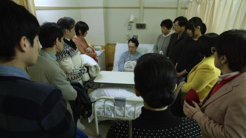 映画『くも漫。』中川学役の脳みそ夫と親族一同