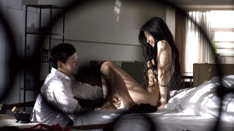 映画『私の奴隷になりなさい』ヘアヌードで陰毛を剃られる壇蜜