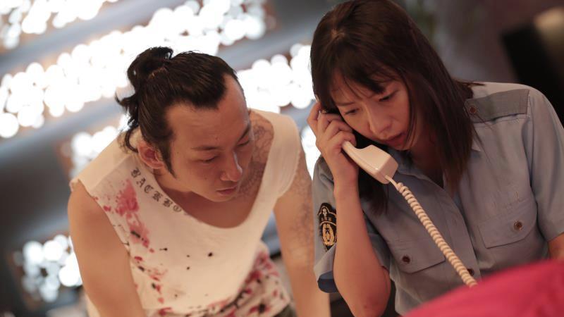 映画『LOVEHOTELに於ける情事とPLANの涯て』詩織役の酒井若菜とウォン役の波岡一喜