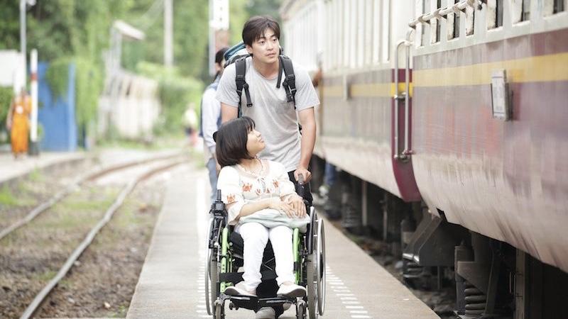 映画『37セカンズ』貴田ユマ役の佳山明と俊哉役の大東駿介
